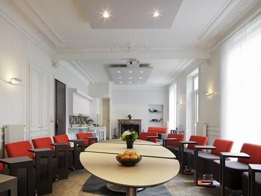 Novotel saclay - sala de reuniones