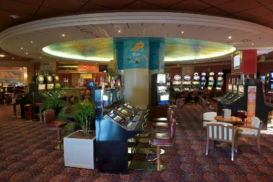 Casino de carnac restaurant beating gambling addiction book