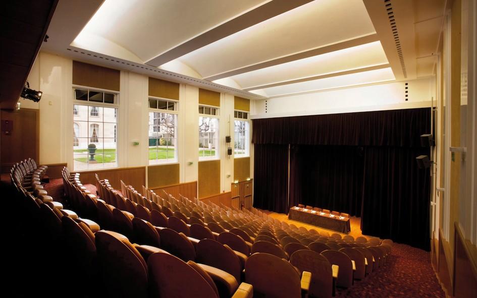 house of chemistry seminar room paris 75. Black Bedroom Furniture Sets. Home Design Ideas