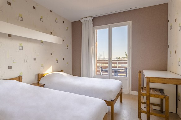 Azureva murol - bedroom