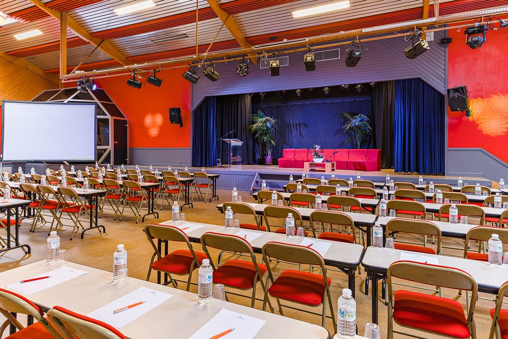 Air-conditioned plenary session - Azureva Ronce-les-Bains
