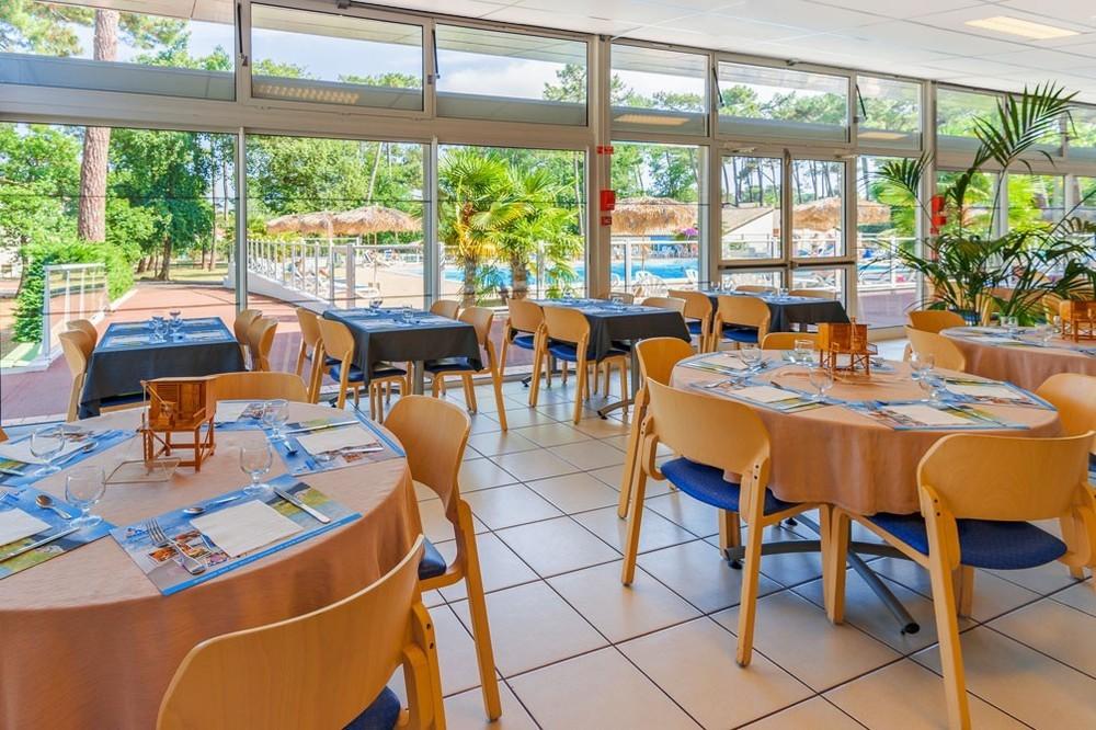 Azureva ronce-les-bains - restaurant