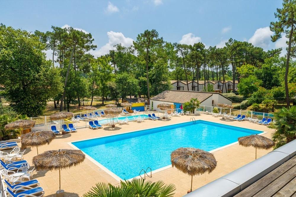 Azureva ronce-les-bains - holiday village seminars