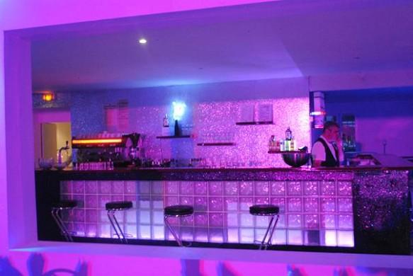 Le daniely - bar