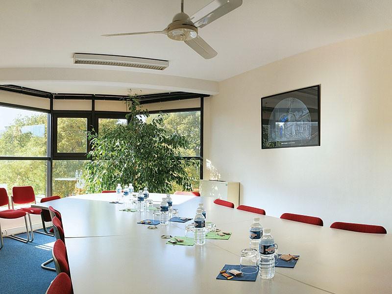 Buro club toulouse centre compans salle s minaire for Buro reunion