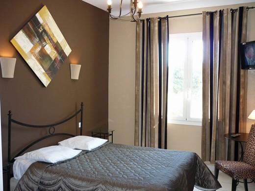 Adonis sanary - double room