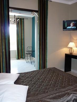 Adonis sanary - camera da letto