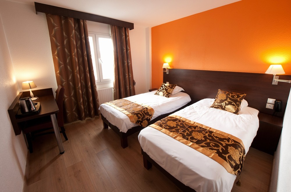 Hotel paris 93 for Appart hotel plaisir