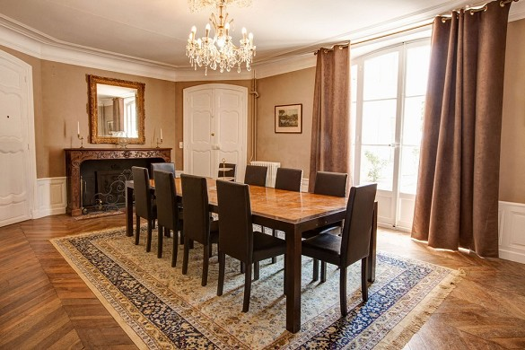 Alphéran castle - living room