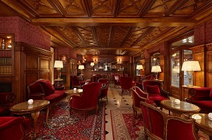 Bar inglés - Hotel Regina