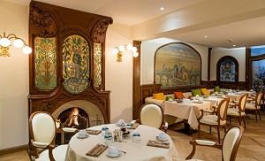 Restaurant Pluvinel - Hotel Regina