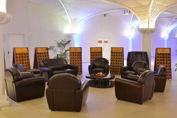 Caveau castelnau - club sofas