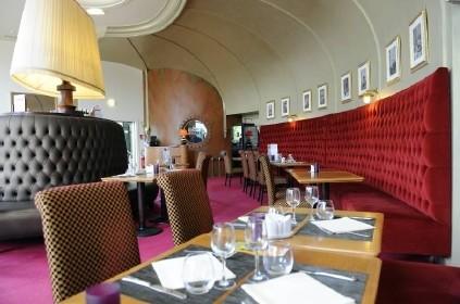Restaurant casino port crouesty party poker linux client