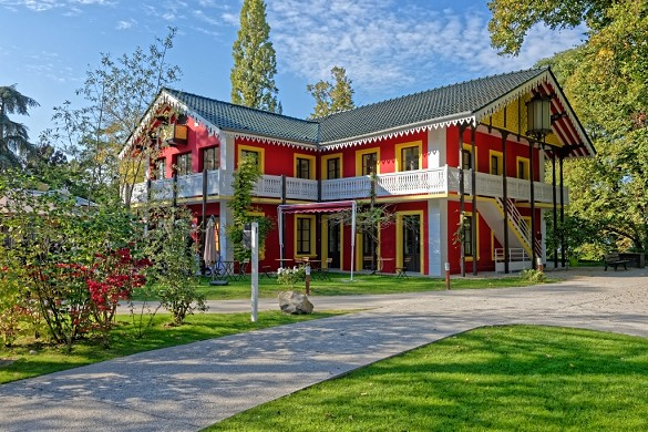 Die Kabine der gelben Tür - Hütte