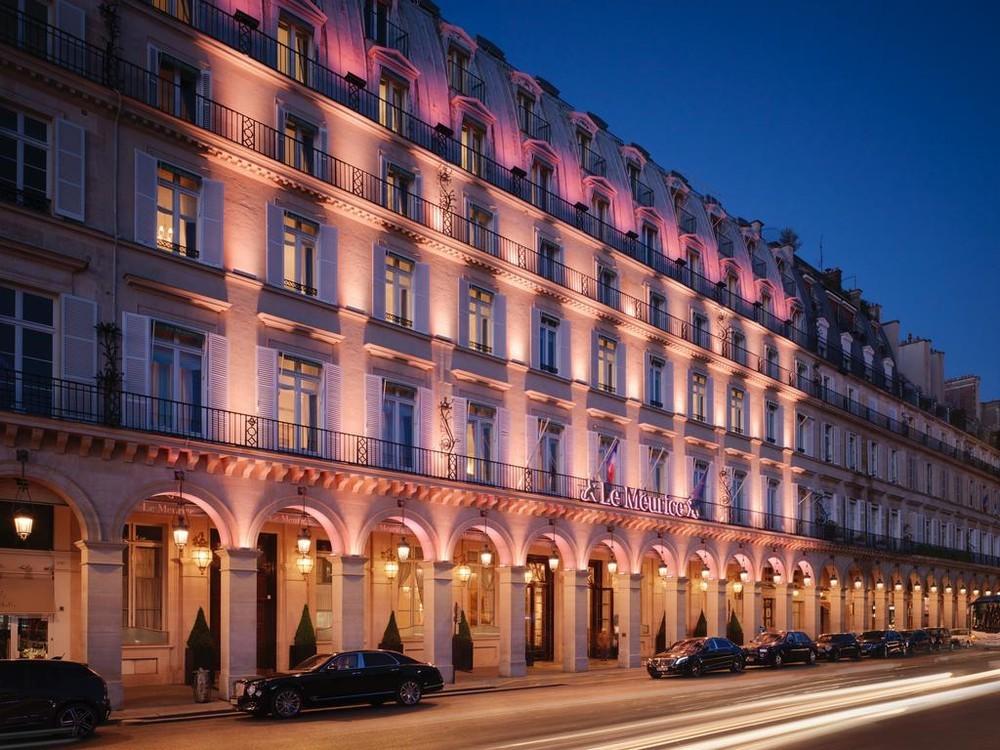 Le Meurice   Salle S U00e9minaire Paris  75