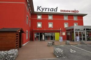 Kyriad Design Enzo Reims Tinqueux - Fassade
