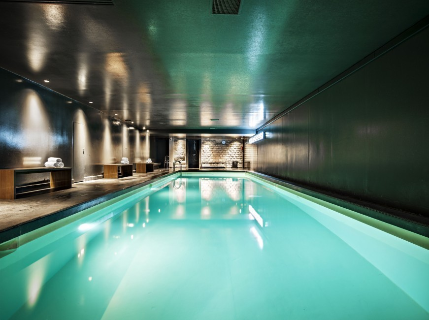 Saint james albany h tel spa salle s minaire paris 75 for Piscine pas cher paris