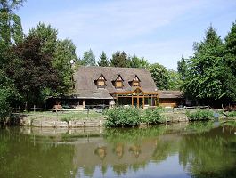 Auberge du waters edge - instead of Exterior