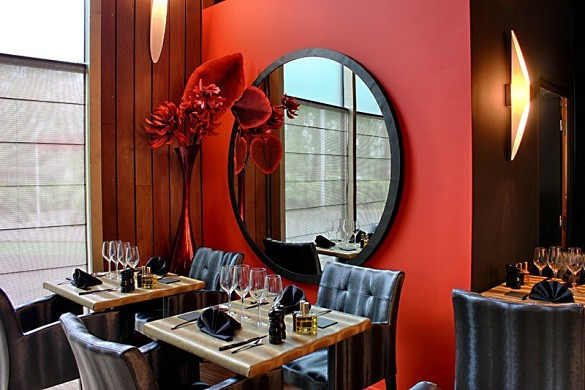 La table du colysée - interior of the restaurant