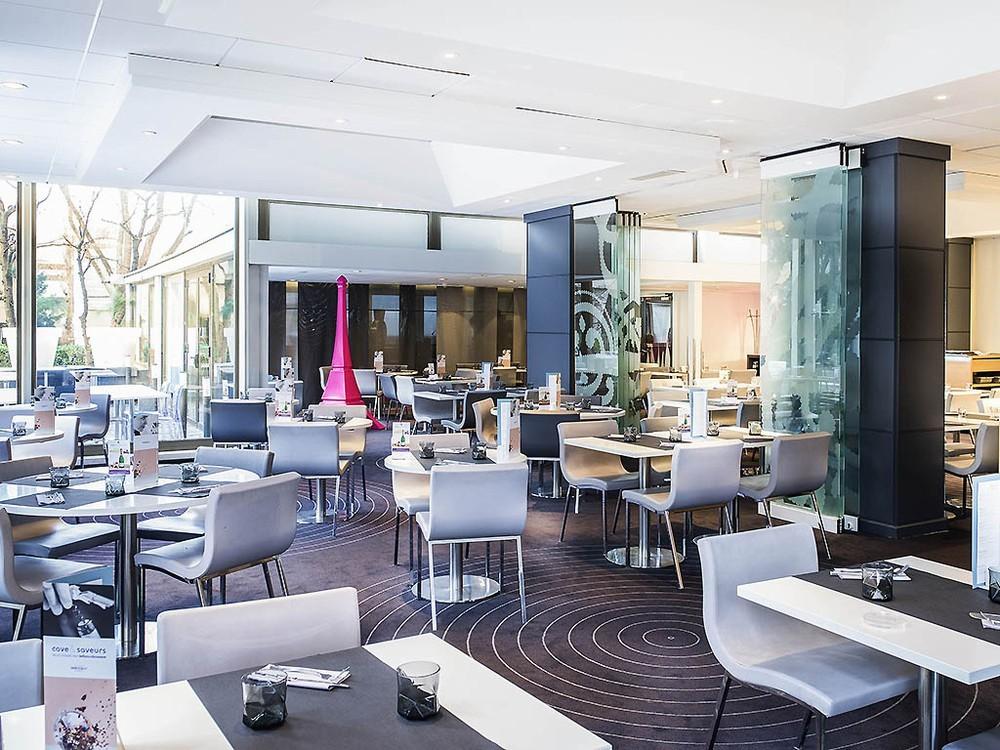 Mercure Tour Eiffel Restaurant