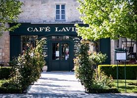 Café Lavinal - Exterior