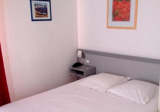 3b hotel de bordeaux - habitación