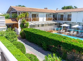 Hotel La Frégate - Charming hotel 700m from the beach