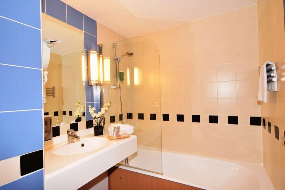 kyriad prestige bordeaux ouest m rignac salle s minaire bordeaux 33. Black Bedroom Furniture Sets. Home Design Ideas