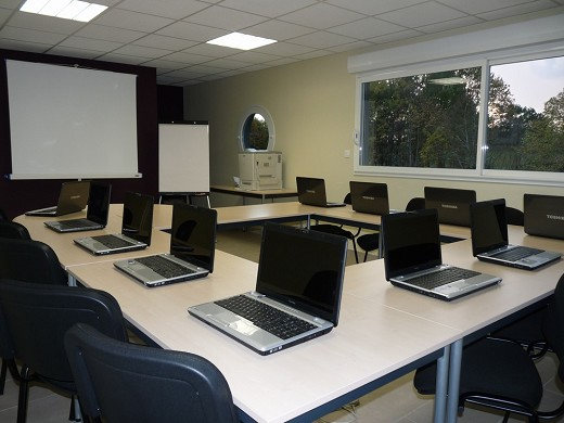 IT axis - equipped meeting room