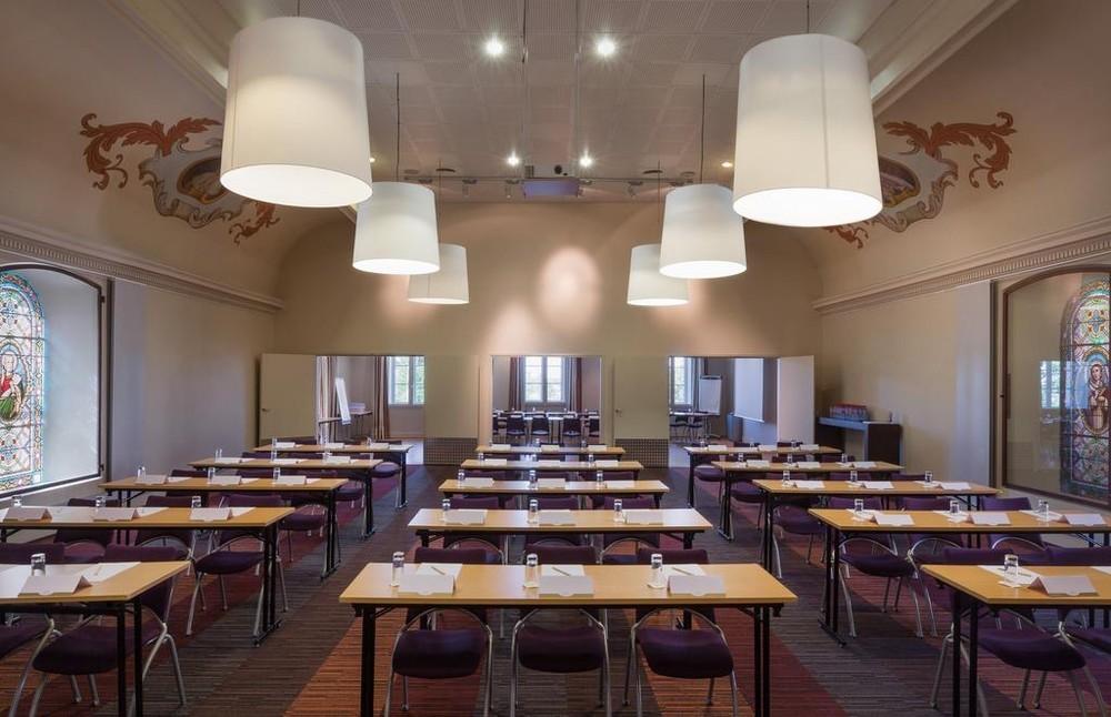 Capuchin Abbey spa resort - sala de clase