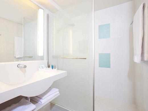 Novotel paris sud porte de charenton - bathroom