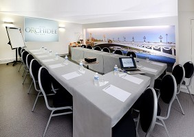Orchid Hotel - Meeting room