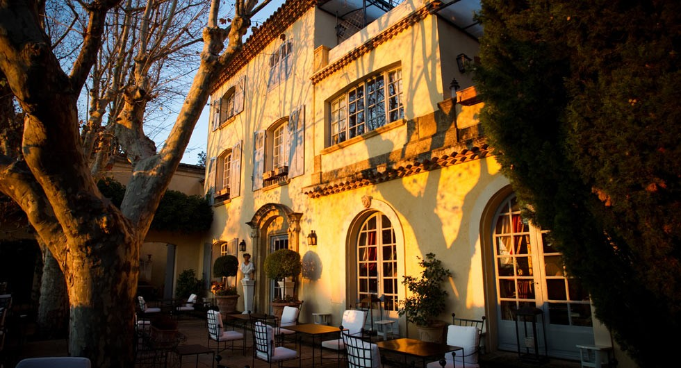 Villa gallici salle s minaire aix en provence 13 for Deco aix en provence