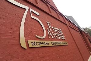 Sala de seminarios: 75 Forest Avenue -