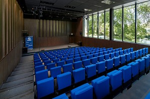 Seminar room: Jean Monnier Congress Center -
