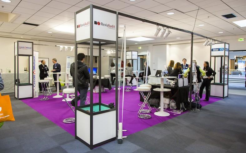 Saint Etienne convention center - lounge - drill