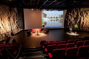salle theatre gard