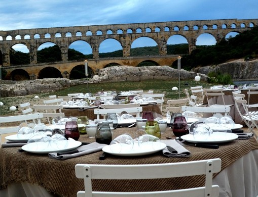 Sitio de Pont du Gard - banquete