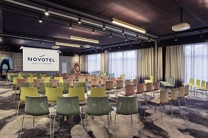 Novotel Marne La Vallee - Modular plenary room, equipped with the latest audiovisual equipment