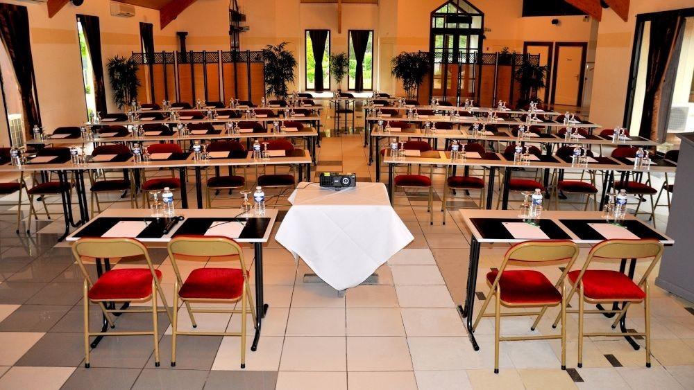 Golf hotel de mont griffon - sala de seminarios