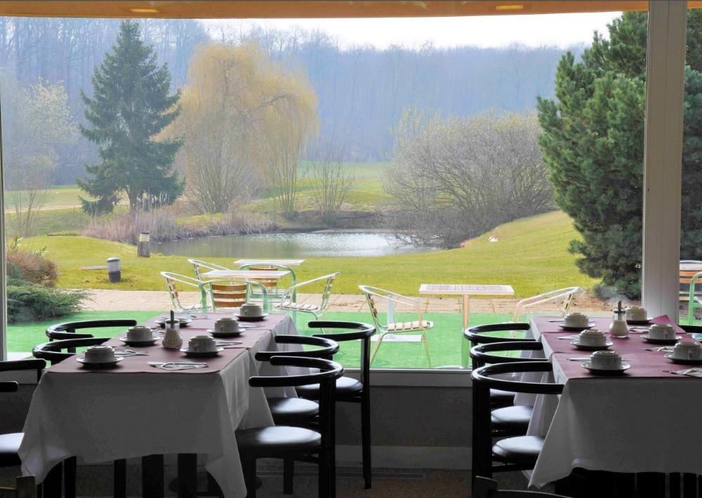Golf hotel de mont griffon - mesas