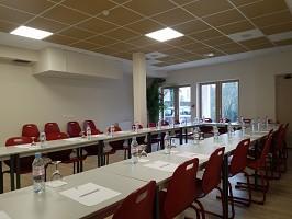 Best Western Blanche de Castille - Sala de seminarios totalmente equipada