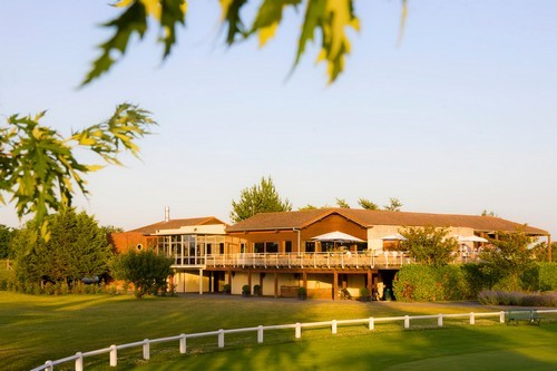 great val bondoufle golf clubhouse