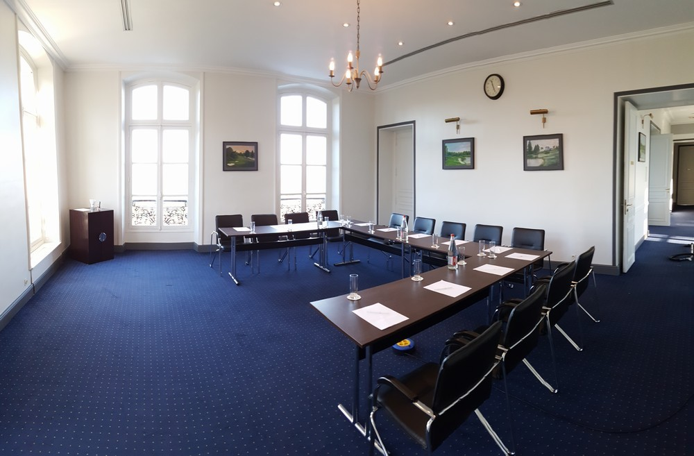 Exclusiv golf de béthemont - modular meeting room