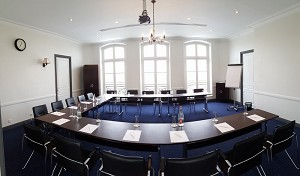 Flexible meeting room