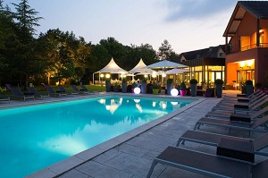 Le Dracy Hotel and Spa - Piscina