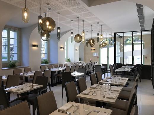 Château d'auvers - restaurant room