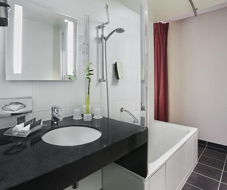 Holiday inn porta Paris Clichy - bagno