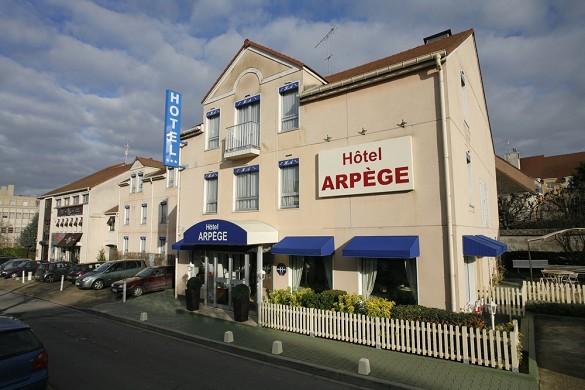 Arpège hotel - exterior