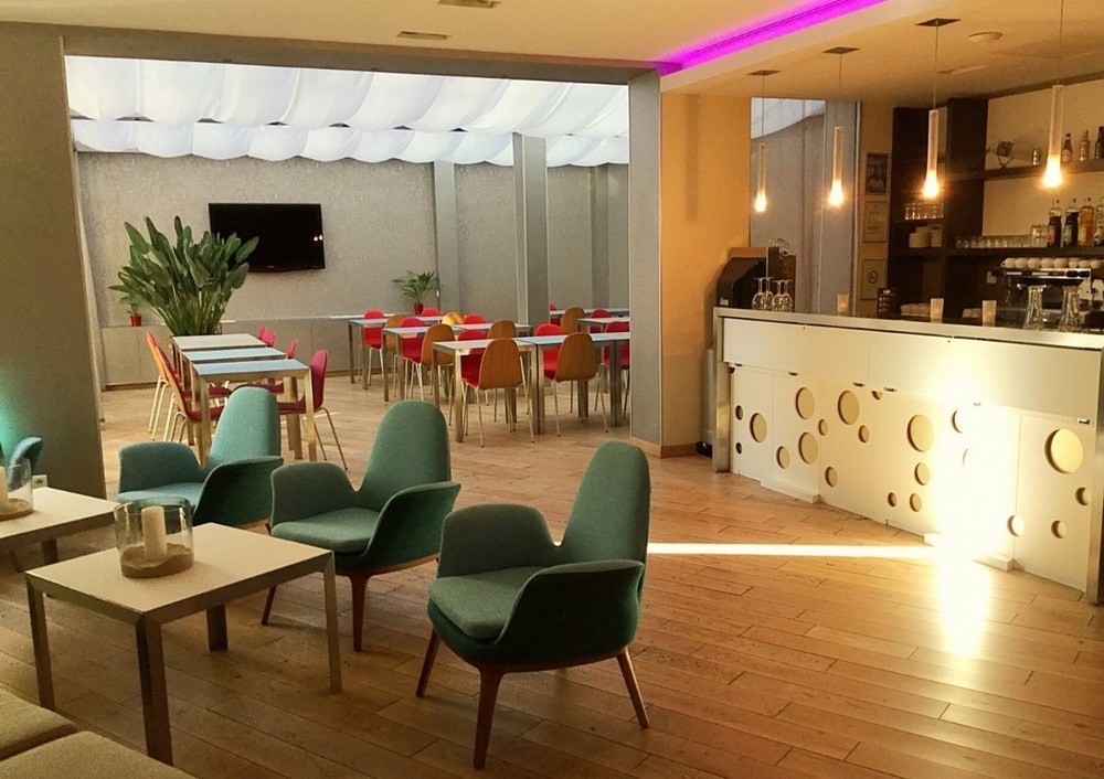 Privil ge appart h tel cl ment ader salle s minaire for Appart hotel 31